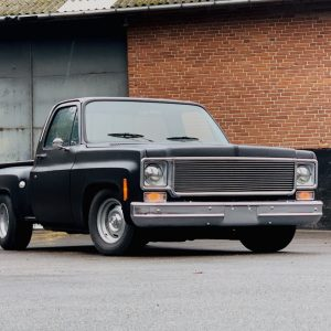 GMC Sierra C15 black